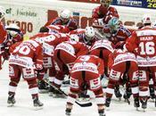Hockey ghiaccio: Bolzano annulla primo match point dell'Asiago crede ancora. Renon,Valpusteria Valpellice guadagnano point. Vito Romeo)