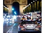 """Parigi, Karl Lagerfeld scaglia contro l'inquinamento: """"L'aria puzza"""""""