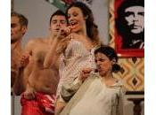 """Alessia Fabiani teatro """"Fuori Sede"""": neo-mamma splendida forma"""