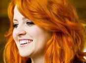 """Taglio capelli colore rosso rame noemi famosa cantante adesso programma """"the voice"""""""