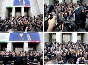 Milano davanti Palazzo Giustizia vergogno essere Italiano