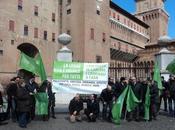 caso Aldrovandi piazza Ferrara