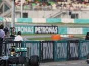 Stewart: Hamilton Mercedes possono lottare titolo