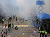 Bombe traguardo della maratona Boston. motivi sono ancora sconosciuti.