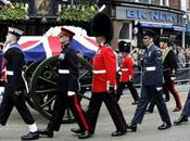Londra saluta Margaret Thatcher dimentica angeli caduti volo