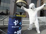 """""""orsi"""" Greenpeace ,nuova protesta Russia."""