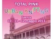 pezze l'evento total pink urban knitting faenza