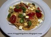 Ricette primavera spaghetti pomodorini fave feta
