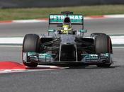 Spagna, Mercedes ancora pole Rosberg. Terza fila tutta Ferrari