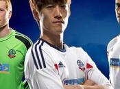 tifosi Bolton Wanderers contestano nuovo sponsor dirigenza torna propri passi