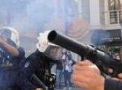 """TURCHIA: """"Segheremo alberi"""". 'fratelli poliziotti' sgomberano piazza Taksim"""