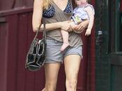 bellissima Sienna Miller look mammina senza trucco