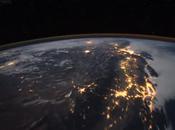 terra vista dallo spazio notte dall'ISS