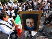 ♫... Forza Italia zumpapà... (scarsi) irriducibili Arcore. Daniela vuole Camera...