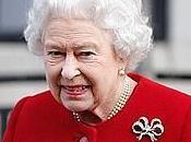 Regina Elisabetta spazientita: Royal Baby nasce, vado vacanza