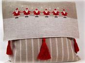 Punto Croce: cuscino natalizio