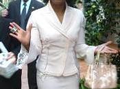 Zurigo. Oprah Winfrey commessa nega acquisto borsa