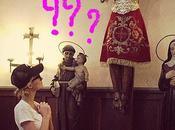 Paris Hilton prega Chiesa Ibiza: fate balsamo Gesù! #blasfemia
