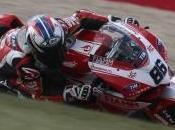Superbike, Nurburgring: pole position Ayrton Badovini danza sotto pioggia