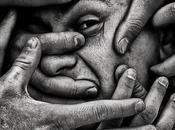 disperazione grande possa impadronirsi società, dubbio vivere onestamente inutile.