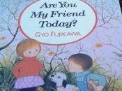 L'amicizia nelle tenere eleganti illustrazioni Fujikawa