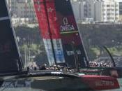 ORACLE TEAM concede avvicina Emirates Team Zealand