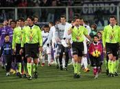 Calcio, turno infrasettimanale Serie chiaro Cielo