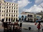 RIVOLUZIONE CUBANA FALLITA. ESODO GIOVANI LAUREATI VERSO ALTRI PAESI