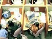 Firenze: telefoniste punite frustino