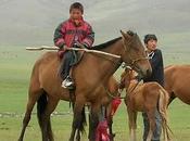 VITA DIFFICILE POPOLAZIONE MONGOLA CAUSA RIGIDO INVERNO. PAESE POVERO DOVRà AFFRONTARE DURE SFIDE