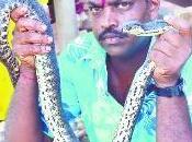L'uomo serpente