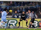 Cavani show. Juve affondata Paolo 3-0!