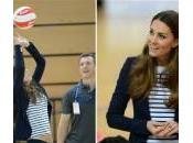 Kate Middleton gioca pallavolo (foto video): forma perfetta