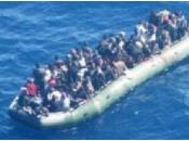 Migranti Lampedusa: soccorso barcone metri persone bordo