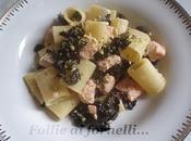 Mezze maniche salmone, cavolo nero pistacchi naturale