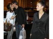 Roberto Farnesi, baby fidanzata Samantha Togni: l'uscita (foto)