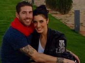 Sergio Ramos presto papà, Pilar Rubio incinta. L'annuncio Twitter rovina l'esclusiva Hola