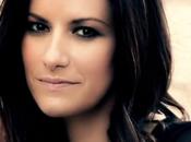 Laura Pausini festeggia anni carriera