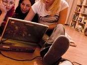 Genitori alle prese adolescenti social network: caso Ask.fm