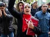 """Difficile nuovo primo ministro tunisino creare governo transitorio. """"non facciamoci rubare rivoluzione"""" grida popolo"""
