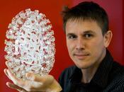 Luke Jerram, l'artista realizza virus, batteri protozoi vetro soffiato