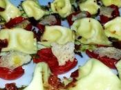 Ravioli plin formaggi pomodorini pesto bacon croccante