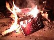 """segreti d'Italia"""" libro Corrado Augias bruciato M5S: acquistiamolo!"""