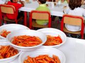 Educare sana corretta alimentazione banchi scuola