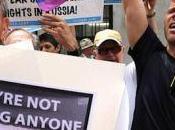 Zoeggeler? Meglio ricordare arresti omofobi (nel menefreghismo Letta)