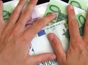 Italia: crollo boom debito. lieve calo pressione fiscale