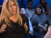 Mara Venier contro Arisa: polemica sulle lacrime diretta placa