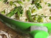 Asparagi time: risotto agli asparagi stracciatella