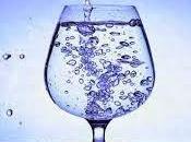 Come bere bicchiere d'acqua