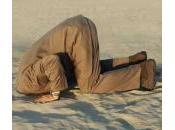 Corruzione Italia? cattolici mettono testa sotto sabbia danno colpa alla magistratura.